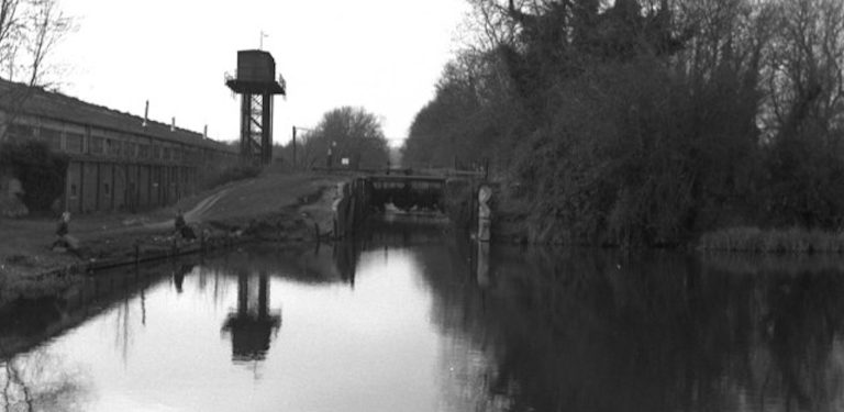 Aldermaston Lock 1976