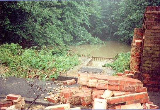 Collapsed wall, Church Road