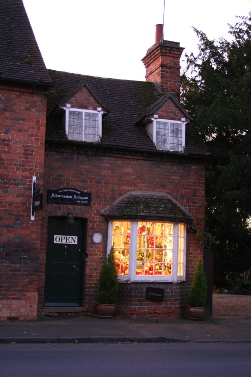 Aldermaston Antique shop - 2005