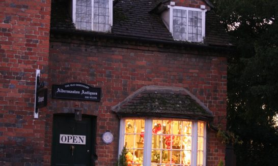 Aldermaston Antiques shop - 2005