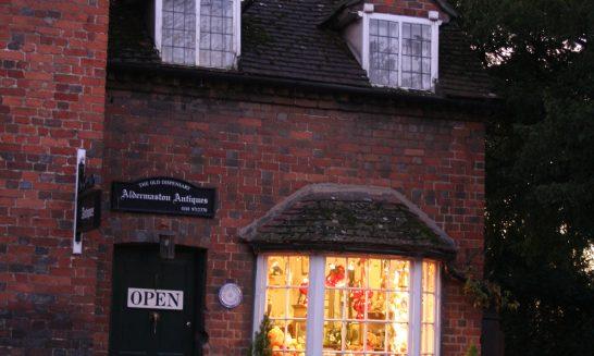Aldermaston Antique shop - 2005