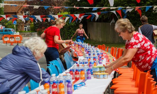 Queens 90th - preparation for the street party