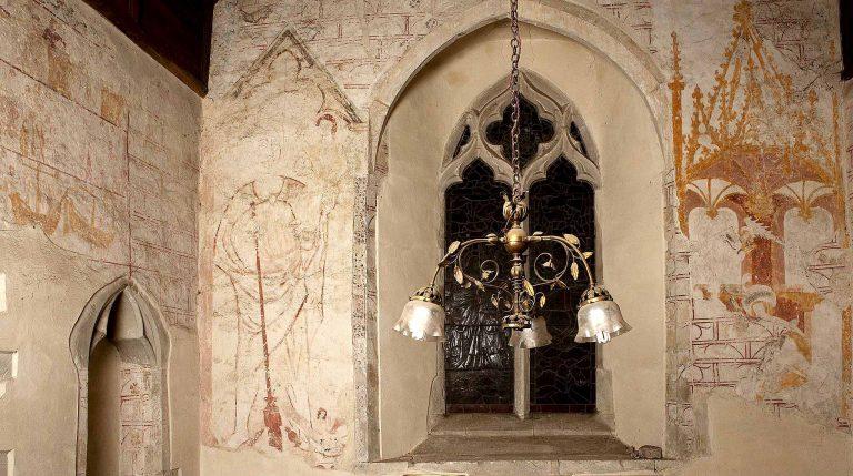 Aldermaston Church: ancient murals- 1. Ladies Chapel overview