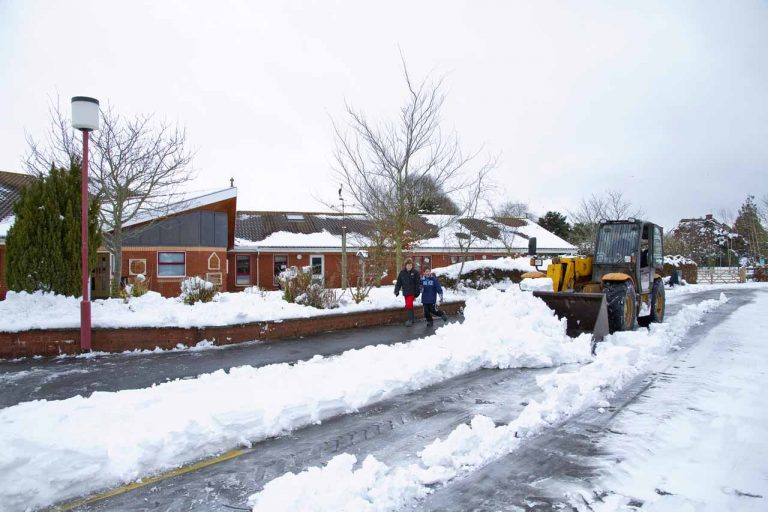 Snowy Aldermaston- clearing snow at the Primary School