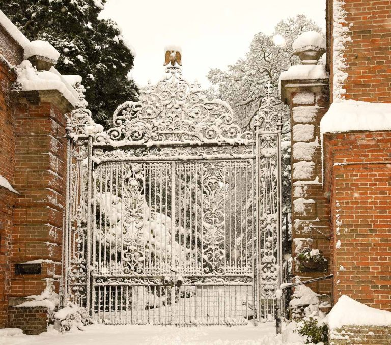 Snowy Aldermaston- Eagle Gates | Peter Oldridge