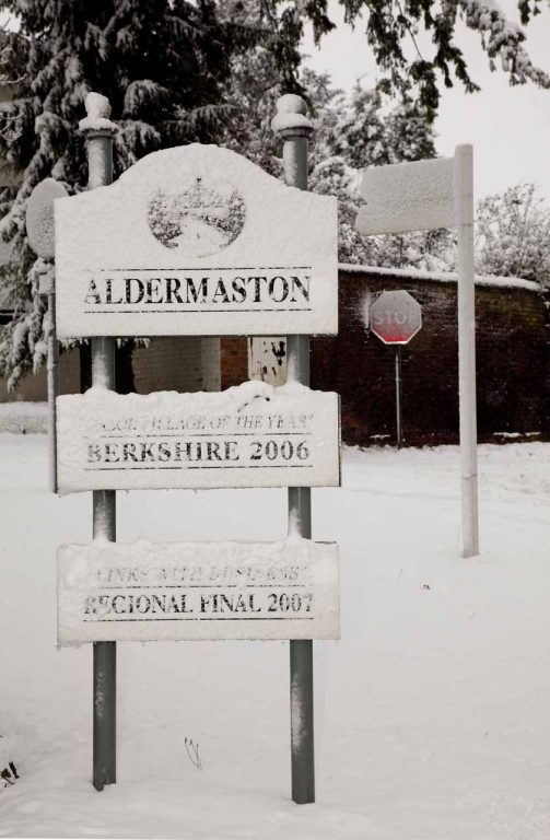 Snowy Aldermaston- Roadsigns
