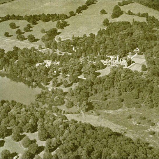 Aldermaston Air 1939-01