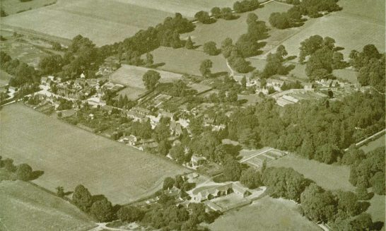 Aldermaston Air 1939-02