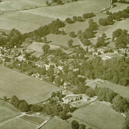 Aldermaston Air 1939-02